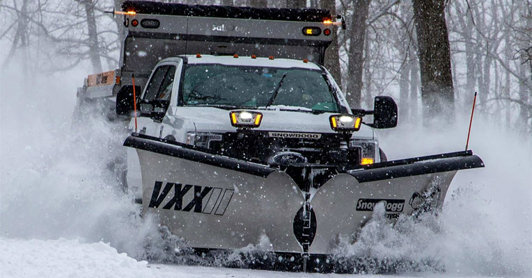 SnowDogg® VXXII 10-1/2 Foot V-plow